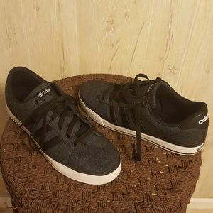 Adidas Mens Black and gray canvas size 10 1/2